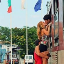 """Фотографията """"Целувка за сбогом"""" на Алия Казанджиева е победител"""