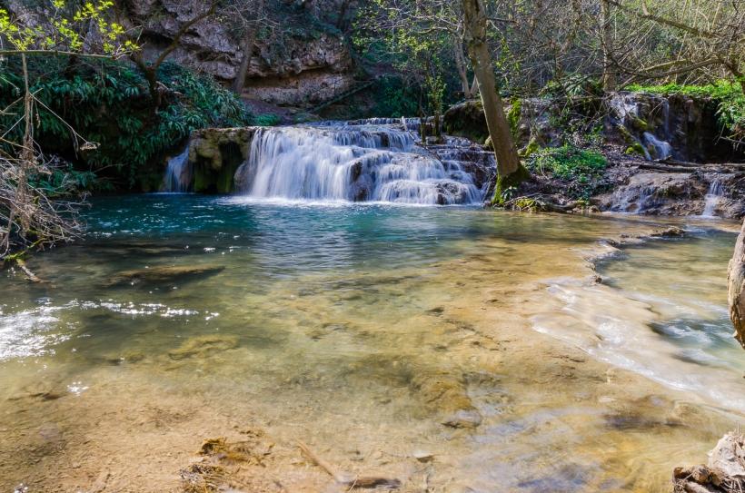 Фотоприключение на Крушунските водопади и Деветашката пещера с Владимир Спасов